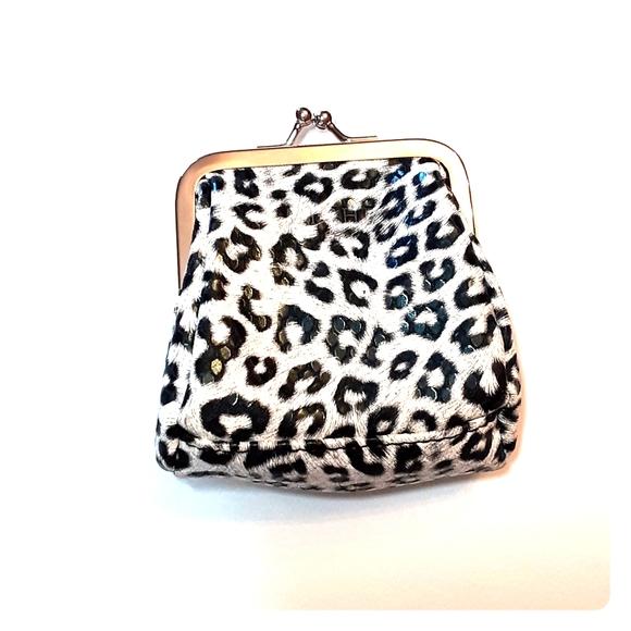 Miche Handbags - New Miche Skylar coin purse